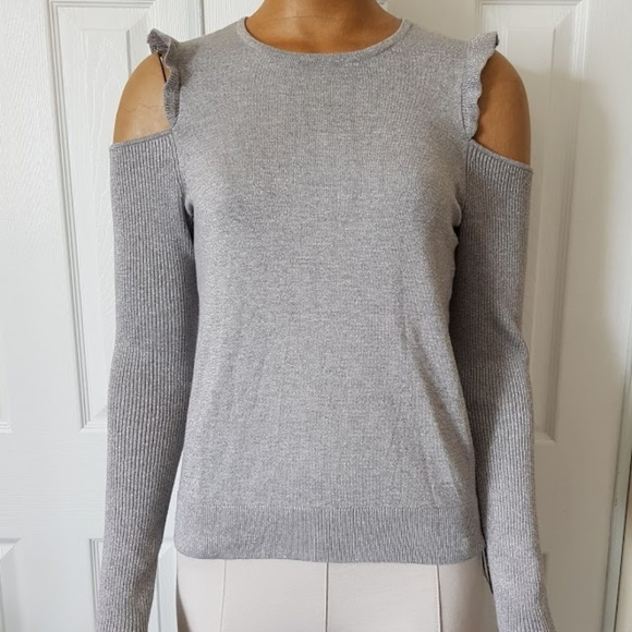 09545e1ac3bef1 DKNY Cold Shoulder Ruffled Pullover Sweter M